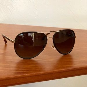 🕶 NWOT AUTHENTIC Chanel sunglasses